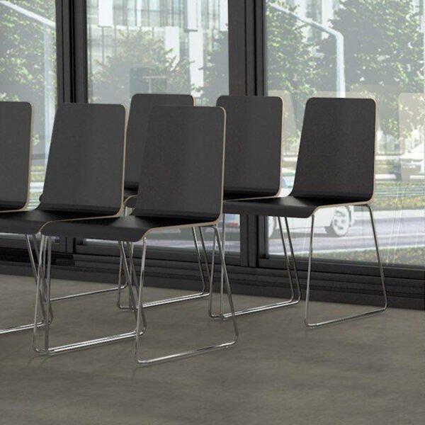 krzesła na wykład